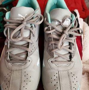 Puma shoes size 10